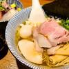 【寿製麺よしかわ@川越】川越で人気のあっさり煮干し強め系スープの行列ラーメン店【煮干そば白醤油特製】
