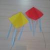 【0円工作】折り紙で作る凧。骨組み不要、5回折れば5分かからず完成。室内でもびっくりするほどよく飛びます