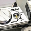 40年前のフィルムカメラOLYMPUS OM-2の電源スイッチが壊れたので修理した