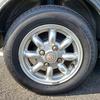 ローバーミニのタイヤ、ナット、ホイールセンターキャップ交換