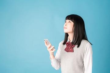【中高生におすすめ】学割のある格安SIMならLIBMOが最適!