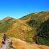 【巻機山】長く恋い焦がれていた女性的な山へ、錦秋に輝く黄金色の稜線を求める上信越第3弾の山旅