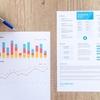 ビジネスで本当に使える 超 統計学 (村上知也 / 矢本成恒) 。統計だけではなく経営やマーケティングも学べる本