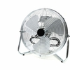 壁が薄く隣人の生活音がうるさいので、扇風機・空気清浄機・加湿器を置く