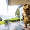 35点の有名アート作品が並ぶ伊勢志摩のリゾートホテル『タラサ志摩』