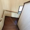 階段の照明の話と、センサーライトにしとけば……と思った場所の話