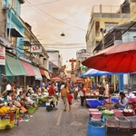 「カンチャナブリー」町中見どころ結構あり~旧市街の街並、市場その他をひたすら歩く!!
