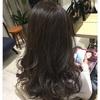 グレーアッシュのハイライトカラー!透明感溢れる髪色。