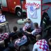 プロ意識に感謝!ワールドカップ鑑賞中に出動要請を受けたクロアチアの消防士が話題に