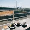 【湘南・鎌倉市】七里ヶ浜の「Double Doors」でオーシャンビューとコーヒーを【通いのデュアルライフ】