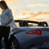 ポリメタルグレーのロードスターの実車画像と北米仕様の情報。