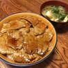 豚丼と魚カツカレー