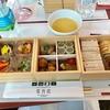 えちごトキめき鉄道会社の展望観光列車「雪月花」乗車、美味しい丁寧なお食事とデザート、手を抜いてない食器類