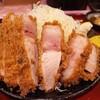 『君に、揚げる。』・・・・で最上級の嬉嬉豚熟成肉 ねむるぶたおふトン ロースとんかつ