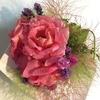 ピンクの香ちゃんの花束を作りました💚