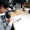 仕立て職人を目指す若者に4ヶ月間スーツ作りの技術指導を行いました。