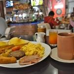 「ソイ ブッカオ(Soi Buakhao)」界隈のパタヤでガッツリと、安くて旨い朝食が食べられたレストランの紹介!!