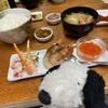 観光客のいない小樽の市場で食べる新鮮な海鮮🐟とお土産ズワイガニ🦀