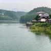 鳴沢湖(群馬県高崎)