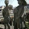 三条大橋西側の弥次さん喜多さんの銅像にイタズラをしたのは私です!申し訳ありません!