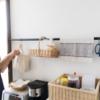 100均のつっぱり棒でキッチン収納が激変!