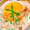 鮭&なめこクリームソースの和風味噌バターオムライス