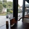 【スマホ写真】中庭のあるカフェ