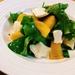 柿とクリームチーズのサラダ!少ない材料で簡単に作れる!