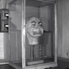第二次大戦中に残された腹話術人形に起こる怪現象が話題