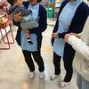 男の子の赤ちゃんを抱いたお客様がご来店されました。