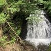 『うろこ滝』は浄法寺町にあり