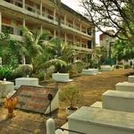 「トゥールスレン虐殺犯罪博物館(Tuol Sleng Genocide Museum)」S21~カンボジア近代の暗黒時代の歴史を垣間見る!!