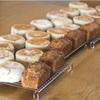 レッスンのバナナケーキとパン