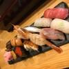 沖縄ディープスポット栄町市場の美味しいお寿司屋さん in 那覇