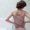 真似したら、腰の痛み緩和する姿勢8つ
