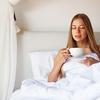 【城野親徳の美容コラム】冬もキレイで健康に! 睡眠時に良い飲み物、避けるべき飲み物
