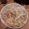 【ラーメン海鳴 博多デイトス店】クリーミーな旨みたっぷりの濃厚とんこつスープと細麺の組合せがおいしいラーメン。