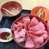 横浜魚市場卸協同組合厚生食堂でマグロのづけ丼、そして〈白菜の菜の花〉