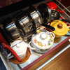 システムキッチンの引き出しを掃除して整理しよう(2)中段は使用頻度が高い鍋やボウルなど