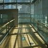 国立新美術館 階段へ
