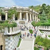 バルセロナ03 幻の未来都市グエル公園。ツーリストバスで街を周遊