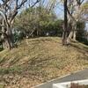 日野公園墓地に伝わる 古戦場で斃れた将兵の供養塚(横浜市港南区)