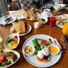 パレスホテル東京でいただく朝食。皇居を横目にコーヒーを飲む優雅な朝