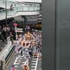 連休の中日に渋谷ストリームでランチ!そこで地元のお神輿を見れたよ。