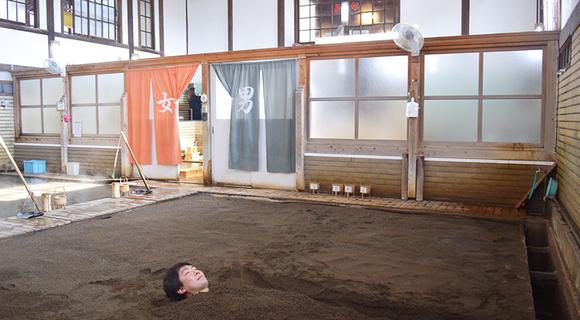 大阪−別府が往復1万円!「弾丸フェリー」で行く、船と温泉と酒場の一人旅