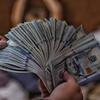 『お金で買えるもの』と『お金では買えないもの』どっちが大切なのか?