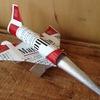 【秀逸アート】 小諸駅前で、タバコの箱で作る飛行機やロボットを発見!