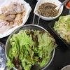 焼き肉、キャベツクミン炒め、味噌汁