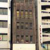 B級ハードボイルドな探偵が事務所を構えていそうな古いビル