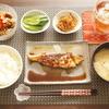 ぶりのステーキに玉ねぎステーキソースをたっぷりかけて(´・ω・`)